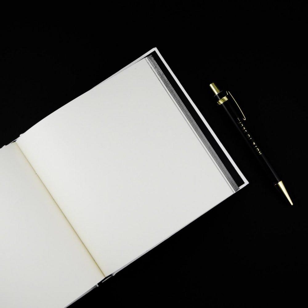 agenda-black-and-white-blanko