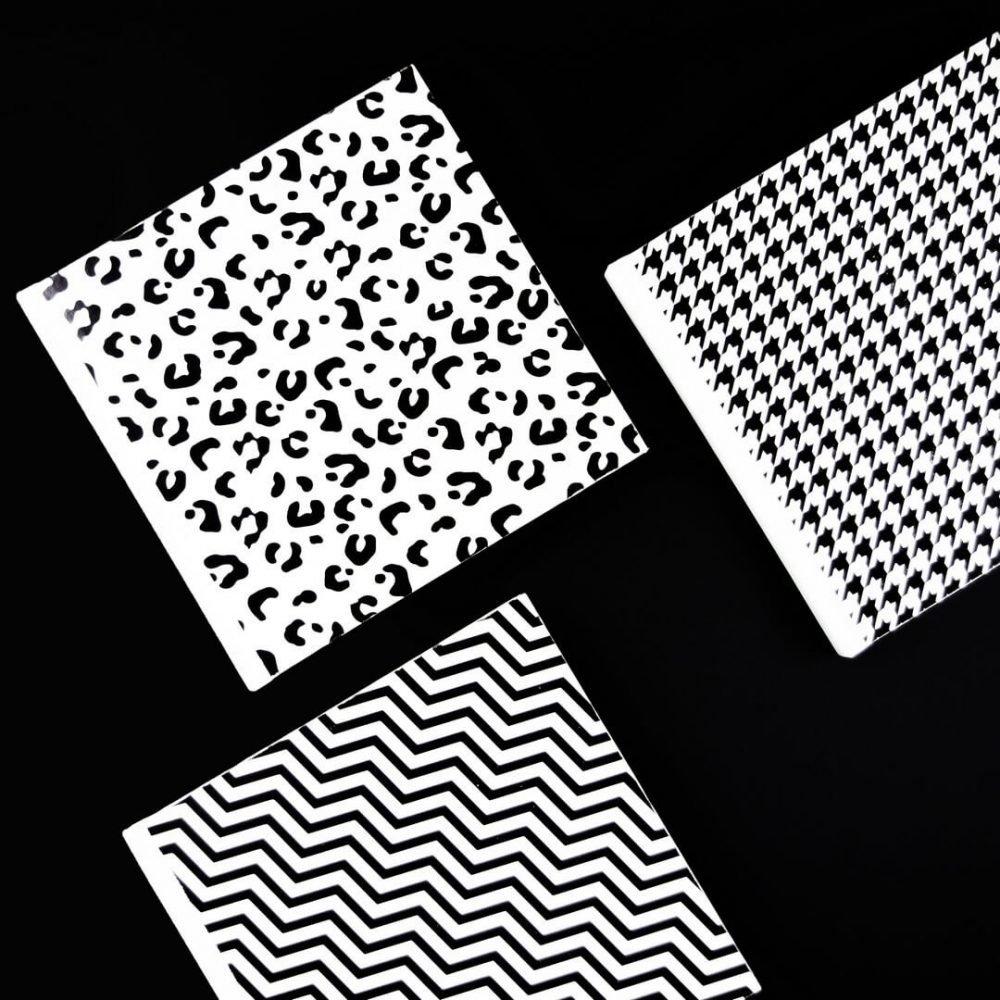 agenda-black-and-white-blanko-mix-1
