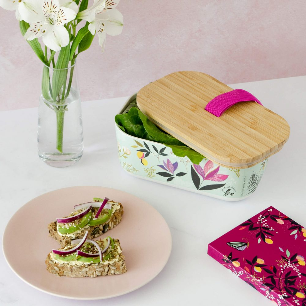 hooh-shop-kutija-za-hranu-mint-boje-bambus-sara-miller